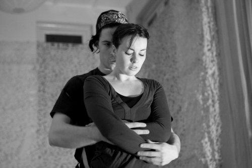 Florence Rapati en Thami Fischer in Framed Obsession (foto Eveline van Egdom)