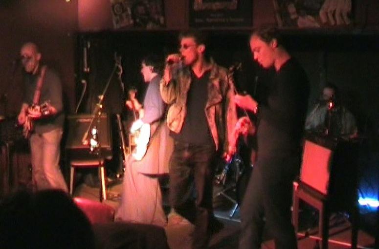 Humbuck in 2005